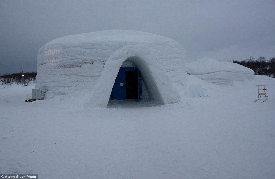 Kirkenes Snow Hote